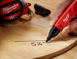 Milwaukee Inkzall Jobsite-Optimized Permanent Marker & Stylus