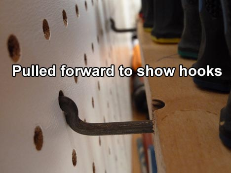 pegboard_screwdriver_holder_hooks