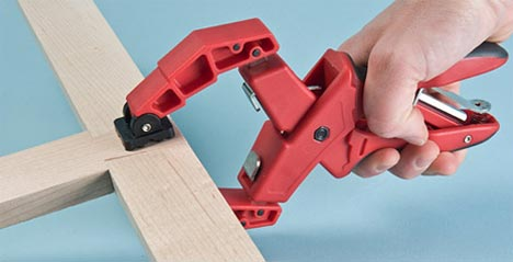 Variable-Jaw Pressure-Adjusting Clamps