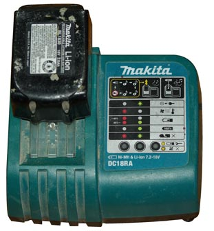Standard Makita 18v Charger Plays Music Tool Rank Com