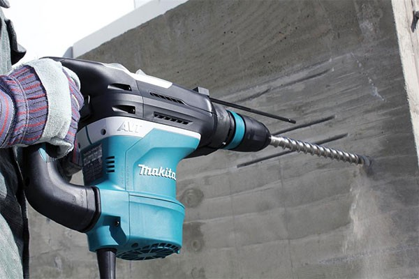 Makita Adds New 1-9/16-inch HR4013C Rotary Hammer To Their