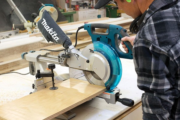 New Portable 10 Inch Sliding Miter Saw Ls1018 From Makita