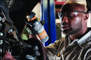 Liquid Wrench Pro Penetrant and Lubricant with LED-Powered FlashSight
