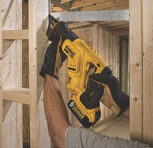 DEWALT Cordless Recip Saw DCS387P1