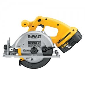 DeWalt DC390K 18V Cordless Circular Saw Kit
