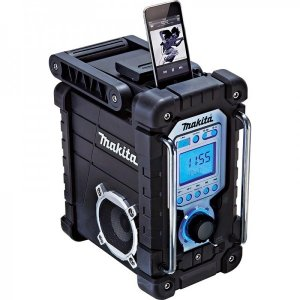 Newest Makita 18V Jobsite Radio Includes Built-In iPod Dock